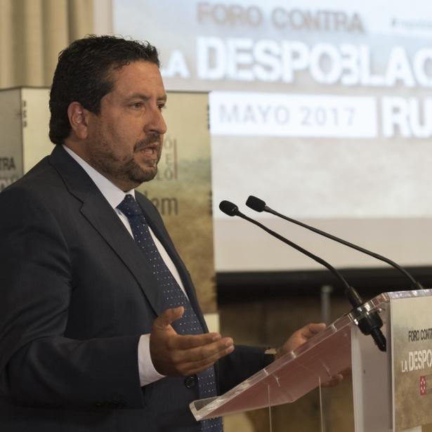 Moliner sensibilitza les províncies de la UE per a lluitar contra la despoblació