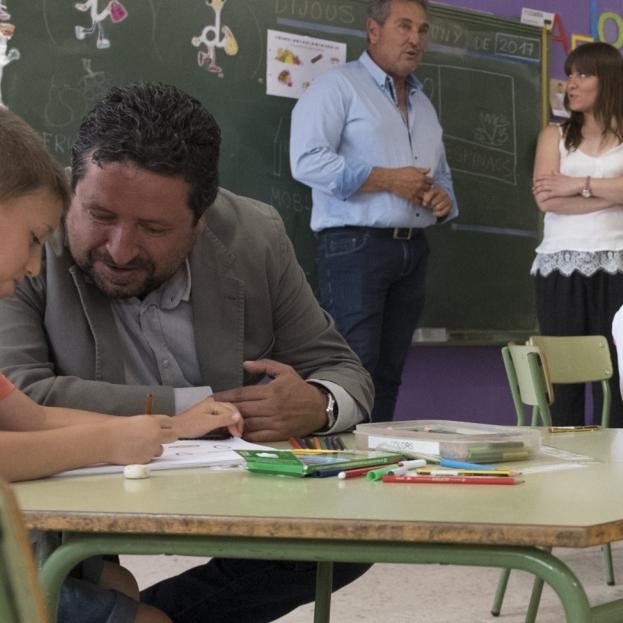La Diputació afavoreix la conciliació de 140 famílies amb 'escoles matineres'