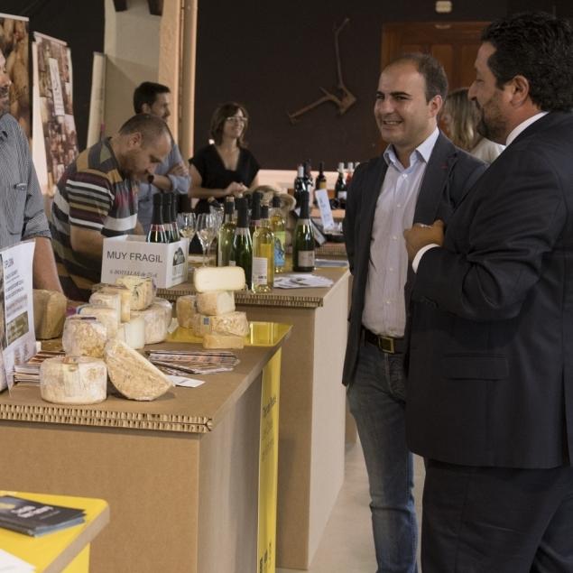 Una selección de gastronomía autóctona y música en directo dinamizarán la Feria de la Cerveza
