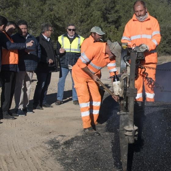 La Diputación mantiene una actuación histórica en carreteras con cinco obras activas
