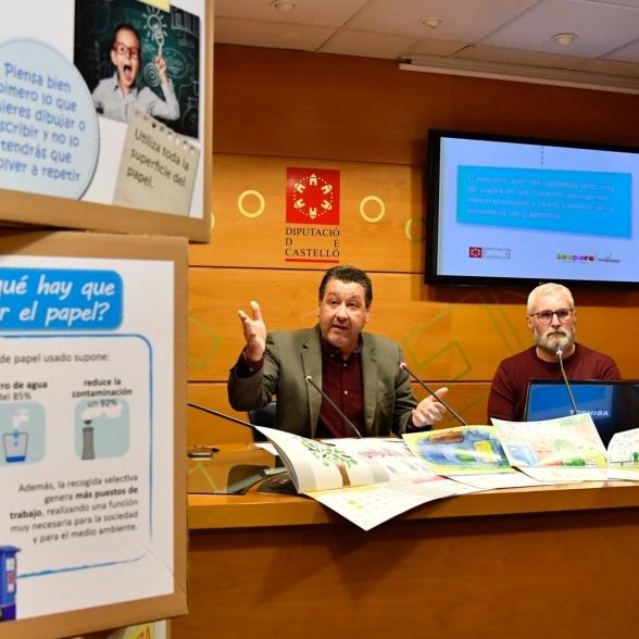 La Diputación recupera 111.000 kilos de papel usado en 252 centros
