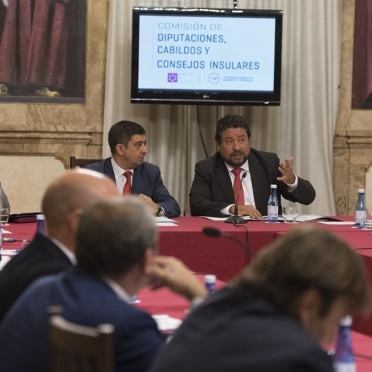 Moliner se reunirá con la Comisaria Europea de Política Regional