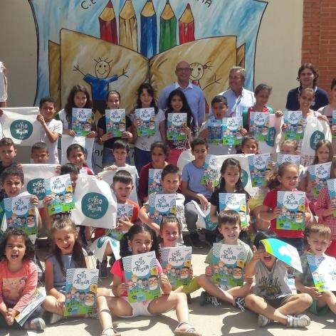 La Diputación y Facsa conciencian a 200 escolares sobre el uso del agua