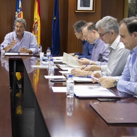 La Diputación se reúne con la EPSAR para coordinar mejoras en la provincia