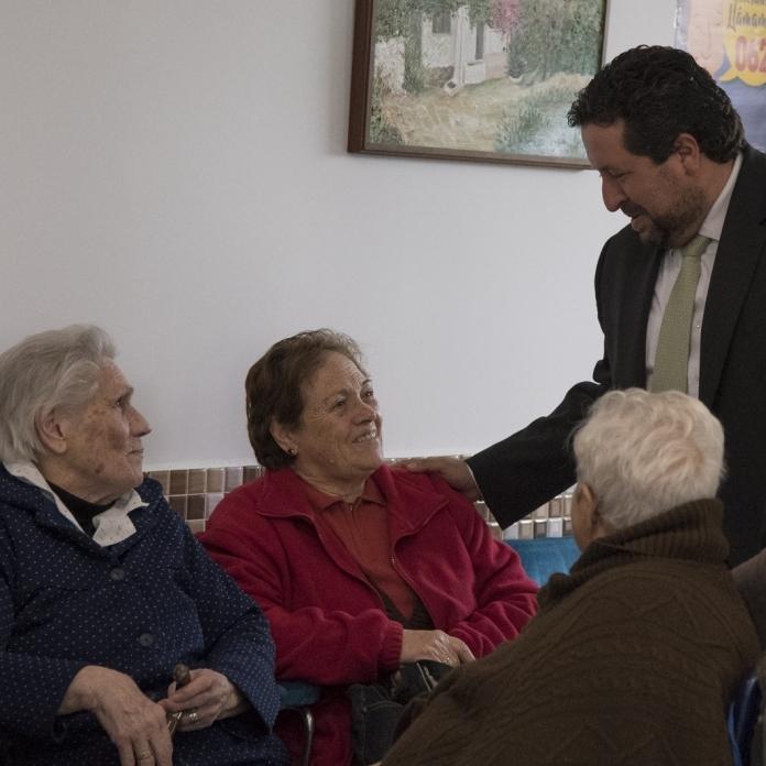 Diputación pone en marcha su pionero Transporte Rural con Fines Médicos
