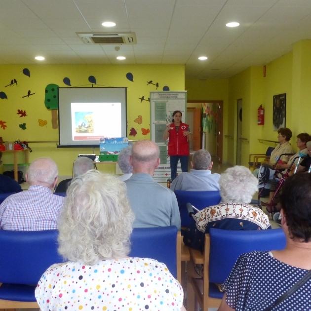 Diputación suma a Cruz Roja en su lucha contra la despoblación del interior
