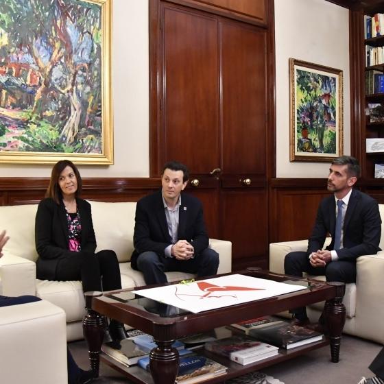 La Fundació de l'Hospital Provincial i Eduardo López Collazo col·laboren contra el càncer