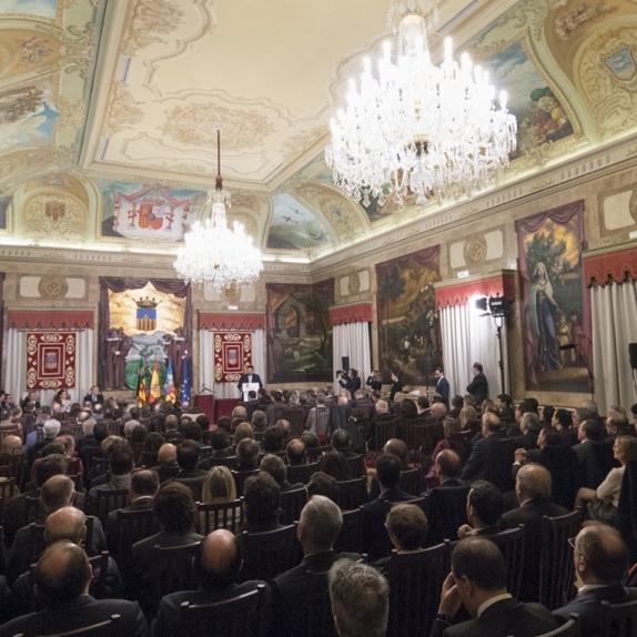 La Diputació invita la província a commemorar els 40 anys de la Constitució amb Fernando Jáuregui