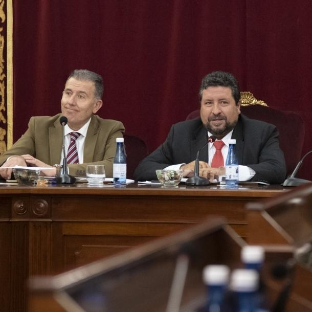 La Diputación aprueba más inversión en mejorar las carreteras para potenciar las oportunidades