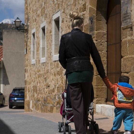 Diputación amplía las ayudas a la natalidad para los pueblos más pequeños