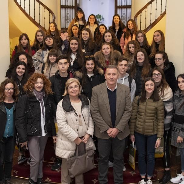 El IES Francesc Ribalta de Castellón visita el Palacio Provincial de la Diputación