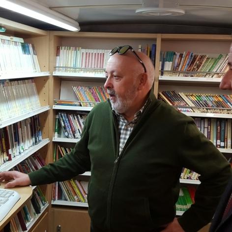 Diputación fomenta el modelo de biblioteca móvil de su Bibliobús