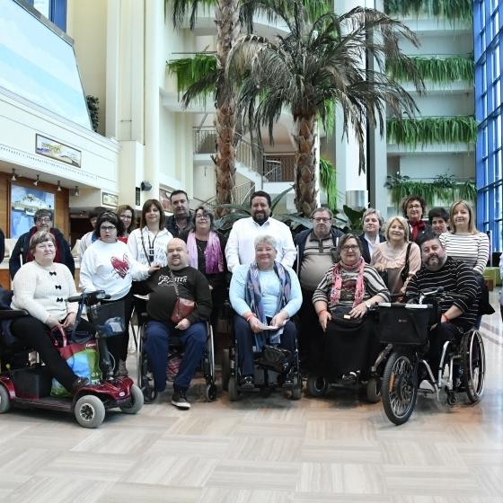 Moliner comprueba el buen funcionamiento del programa piloto de turismo inclusivo