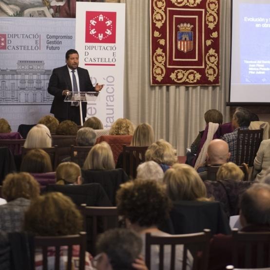 Diputación reeditará sus becas de estudios universitarios para personas mayores