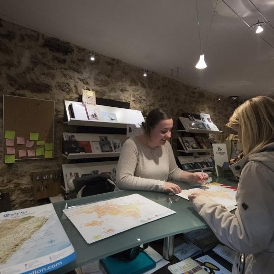 Diputació finança la contractació de personal d'informació turística