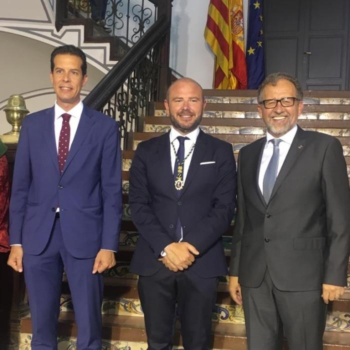 José Martí, ha assistit a l'acte de constitució de la Diputació de València