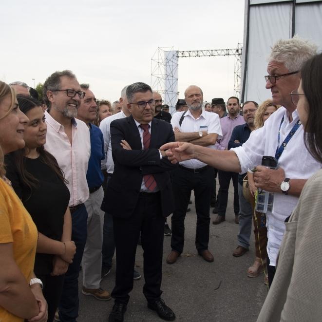 Martí assegura la col·laboració de la Diputació amb els festivals de música en la seua visita al FIB
