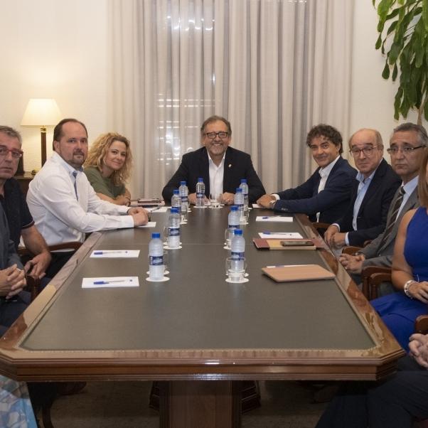 La Diputació tendeix la mà als empresaris per a coordinar els projectes que impulsen el turisme