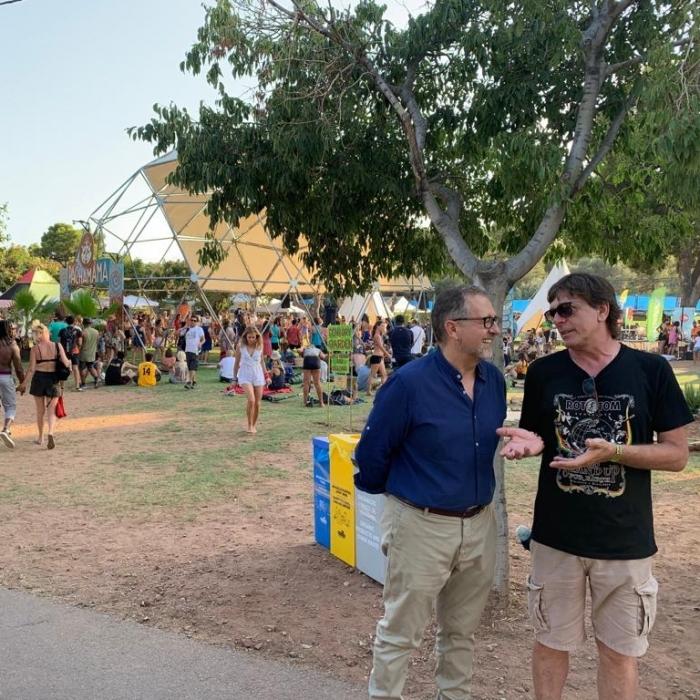 Martí manifiesta la apuesta decidida de la Diputación por los festivales en su visita al Rototom