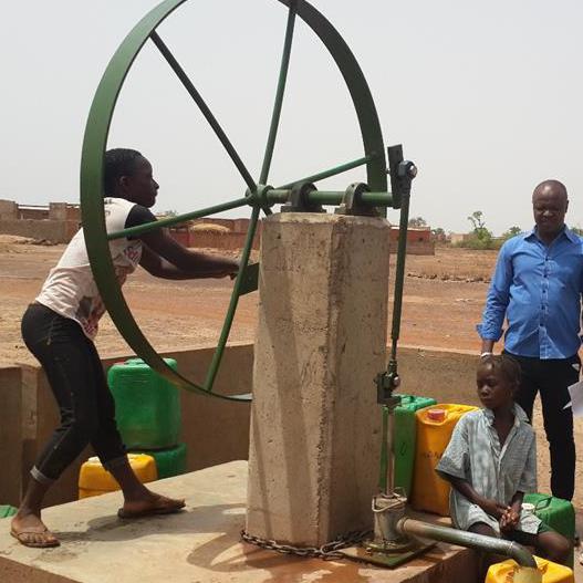 Castelló continua contribuint a la millora de la salut de la  població de Safané (Burkina Faso)