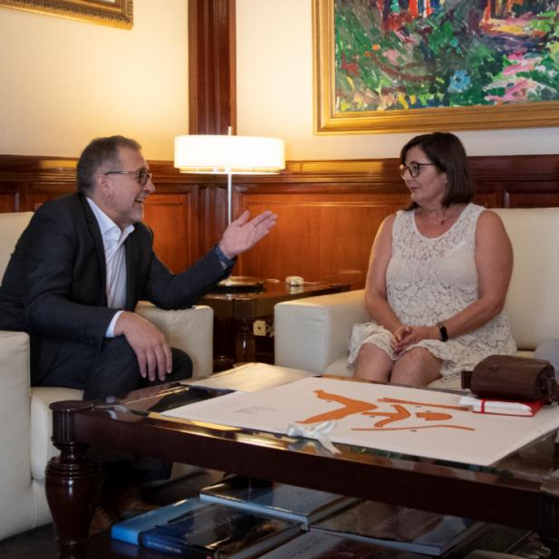 El president de la Diputació, José Martí, es reuneix amb l'alcaldessa de Viver, Nieves Simón