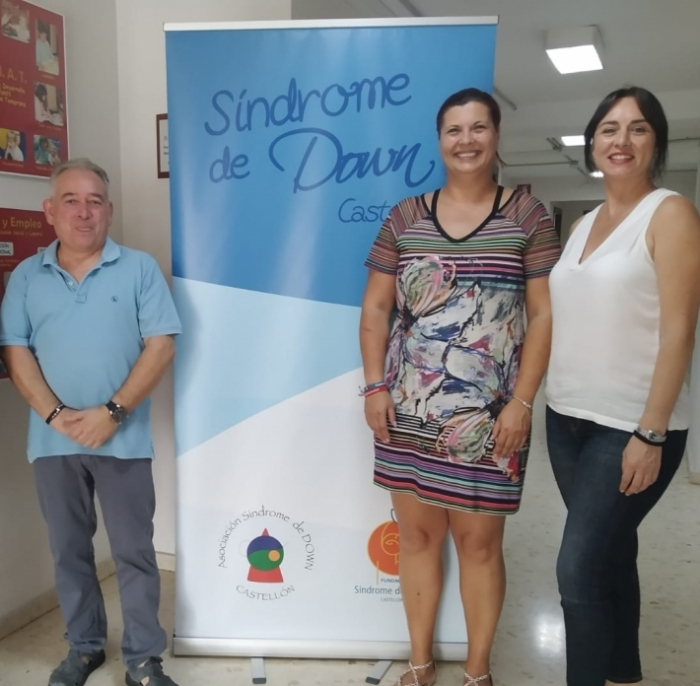 Patricia Puerta se reúne con la Asociación de Síndrome de Down Castelló para mejorar la colaboración