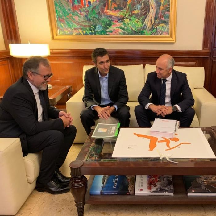 Diputación y Becsa comparten la importancia de mantener en buen estado las carreteras del interior