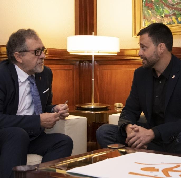 Martí pide un estudio técnico que explique el deterioro de las pinturas de la arciprestal de Vinaròs