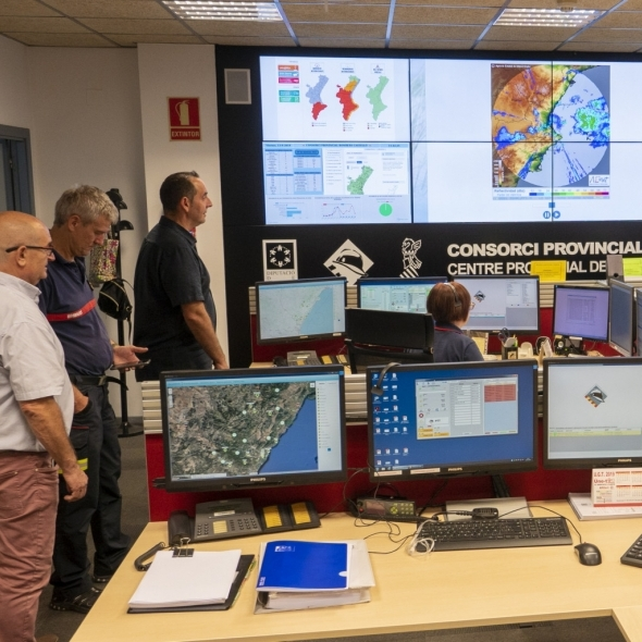 La Diputación activa un dispositivo del Consorcio de Bomberos ante la alerta naranja por lluvias