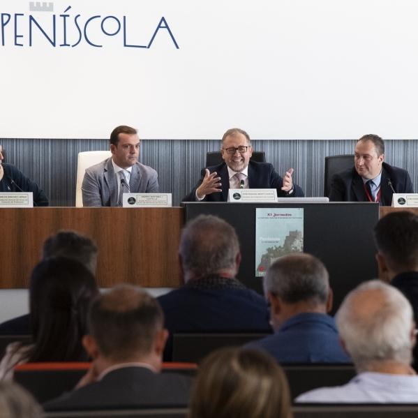 José Martí asiste en Peñíscola a la apertura de las jornadas de directores de IES de la Comunitat
