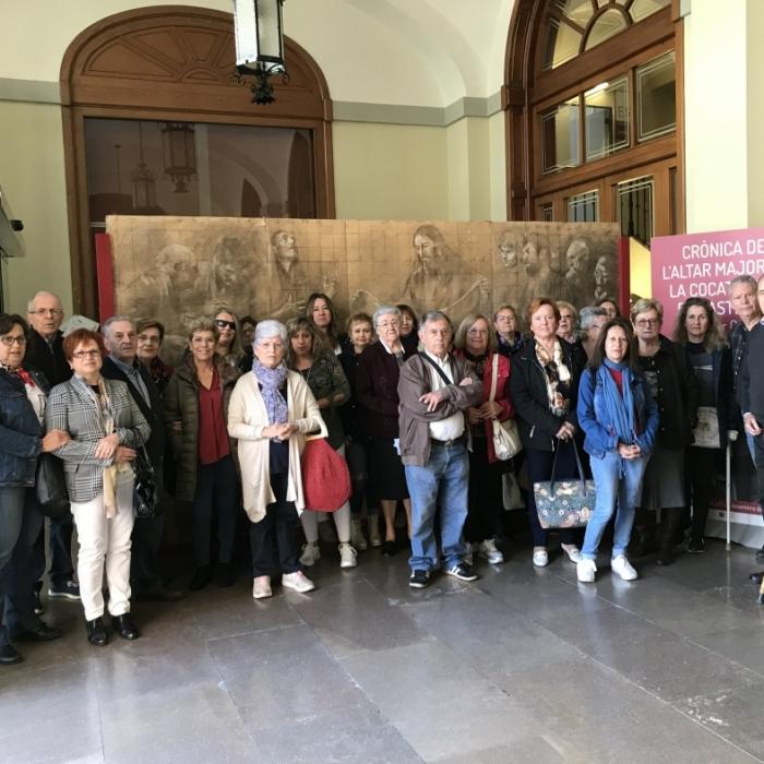 Servei de transport gratuït per a visitar l'exposició de Traver Calzada en el Palau Provincial