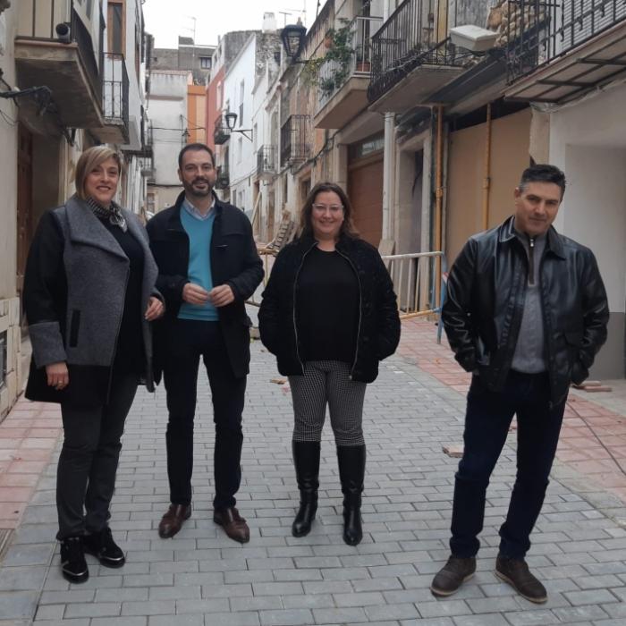 Ximo Huguet visita las obras realizadas con cargo al Plan 135 en Càlig, Xert y La Jana