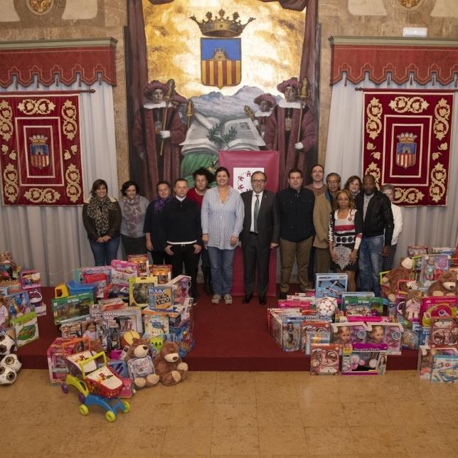 La Diputación de Castellón distribuye regalos entre 8 entidades que repartirán juguetes a 500 niños