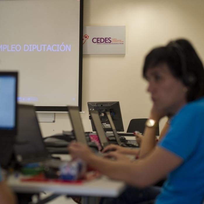 La Diputación inicia dos nuevos talleres anuales de empleo en los centros CEDES de Albocàsser y Llucena