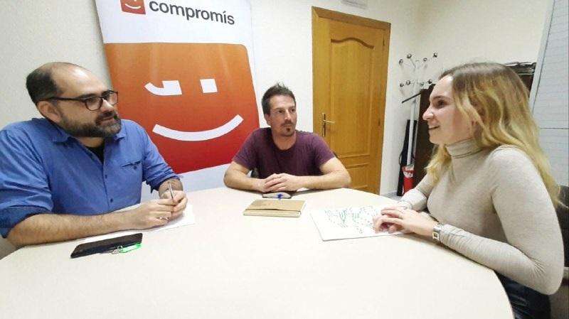 Ferrando se reúne con FADES para mantener vías de colaboración con el asociacionismo juvenil de la provincia