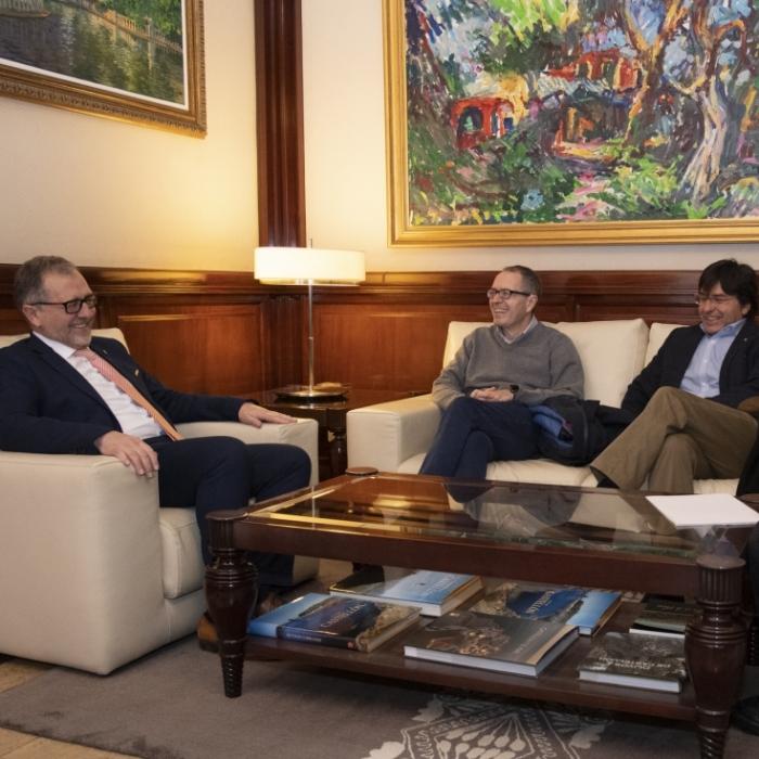 UCE Castellón expone a José Martí un proyecto para superar la indefensión de los consumidores del interior de la provincia a la hora de tramitar reclamaciones