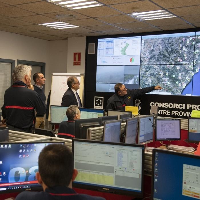 La UME se suma al dispositiu de la Diputació per a pal·liar els danys per neu a l'interior provincial amb 100 efectius