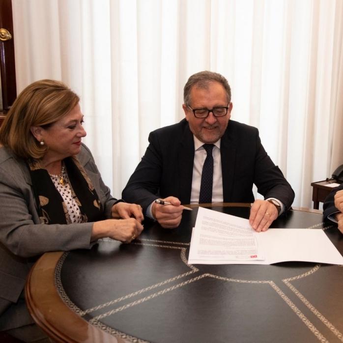 La Diputació signa un conveni amb la Cambra de Comerç per a col·laborar amb l'organització de Qualicer