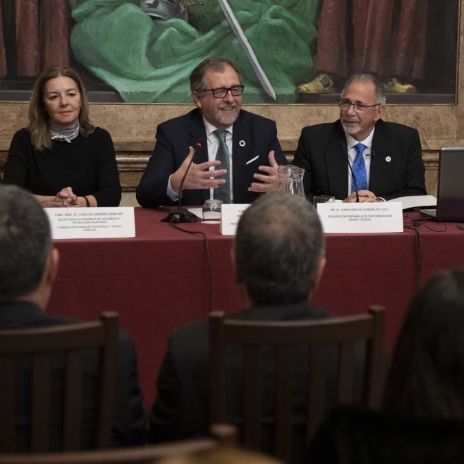 José Martí vol que la Fundació de l'Hospital Provincial siga un centre d'investigació oncològica de referència dels tumors menys freqüents