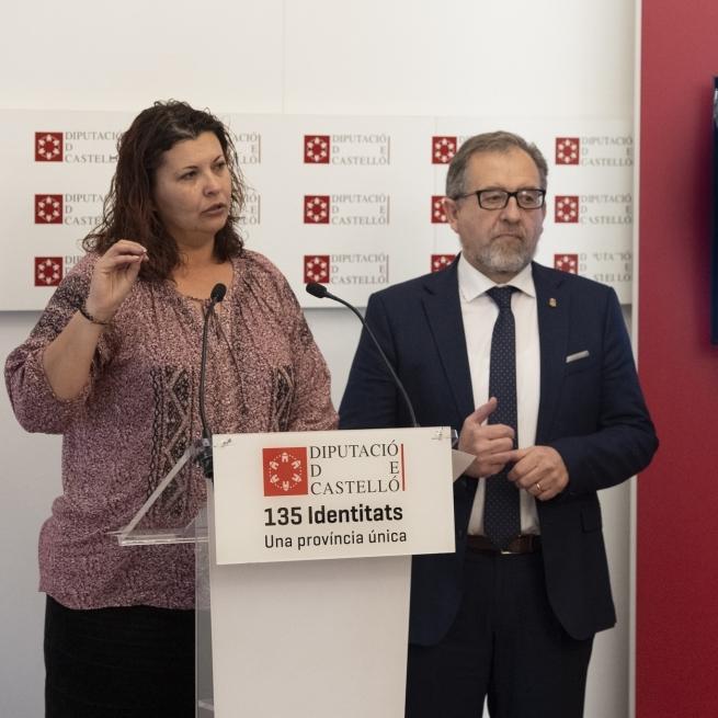 La Diputació subvenciona amb 20.000 euros una furgoneta de 9 places de l'Associació de Familiars del Malalt Mental