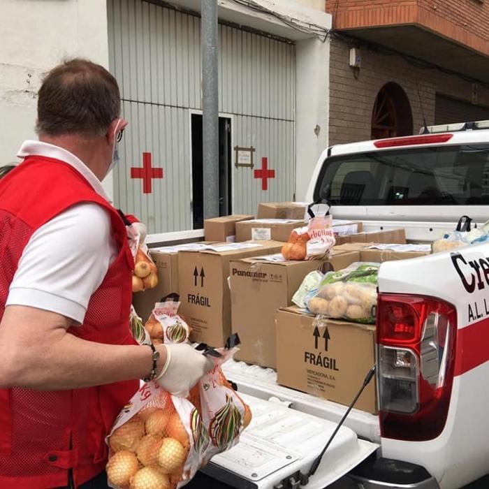El Plan Responde de Cruz Roja financiado por la Diputación beneficia en mayo a 132 personas vulnerables de la provincia