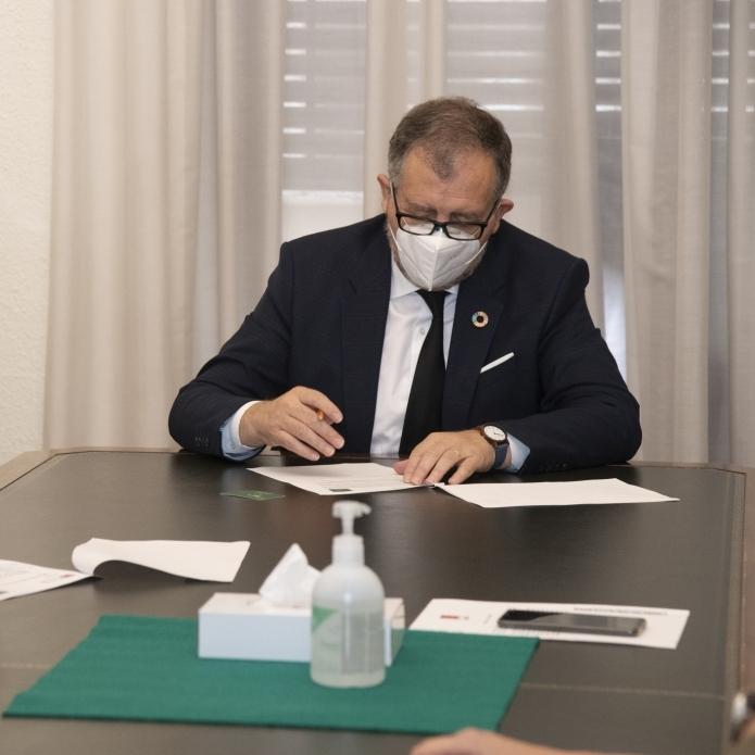La Diputación firma con Eurocaja Rural y Abanca la póliza de 15 millones de euros que le proporciona liquidez frente a la crisis de la Covid-19