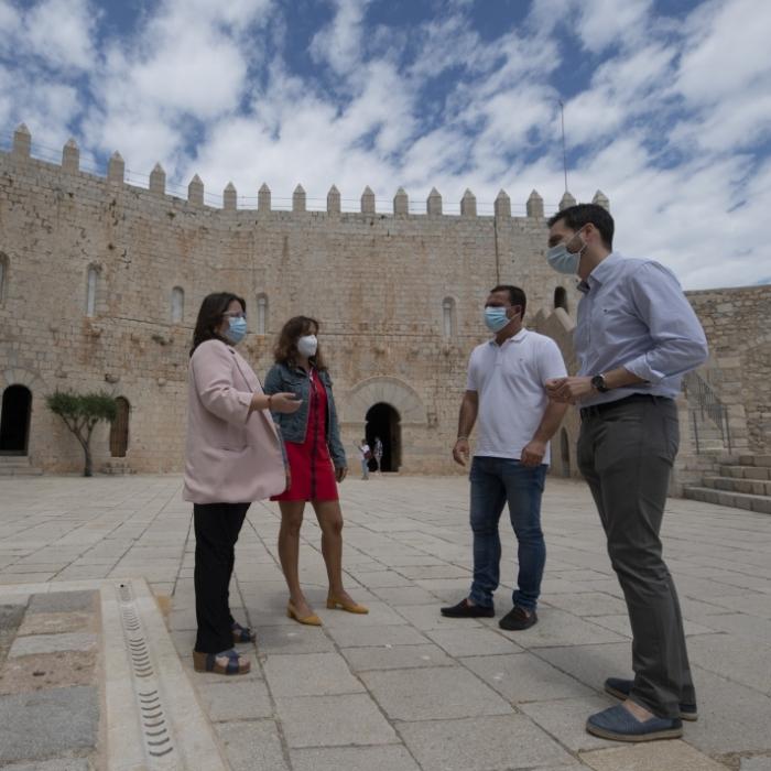 Ruth Sanz anima a la ciutadania a visitar 'el nou castell de Peníscola', les obres de remodelació del qual van finalitzar el mes passat desembre