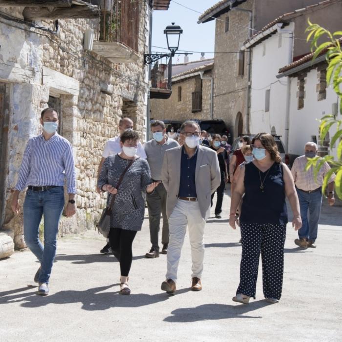 """Martí celebra en Castell de Cabres el primer año de gobierno: """"Los ayuntamientos del interior nunca han recibido tanto dinero de la Diputación como ahora"""""""