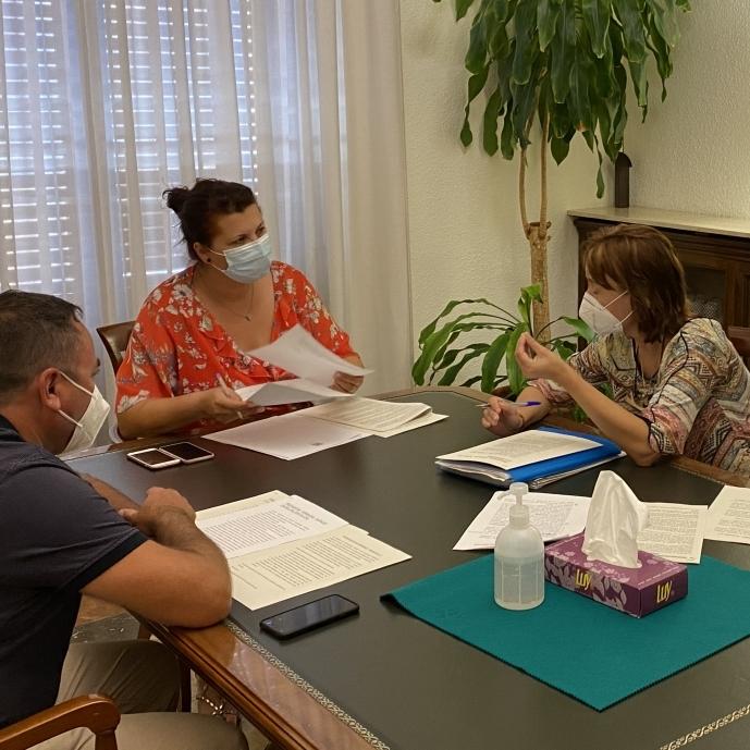 La Diputació estudiarà fórmules per a ajudar a la supervivència de les farmàcies rurals de viabilitat econòmica compromesa de la província de Castelló