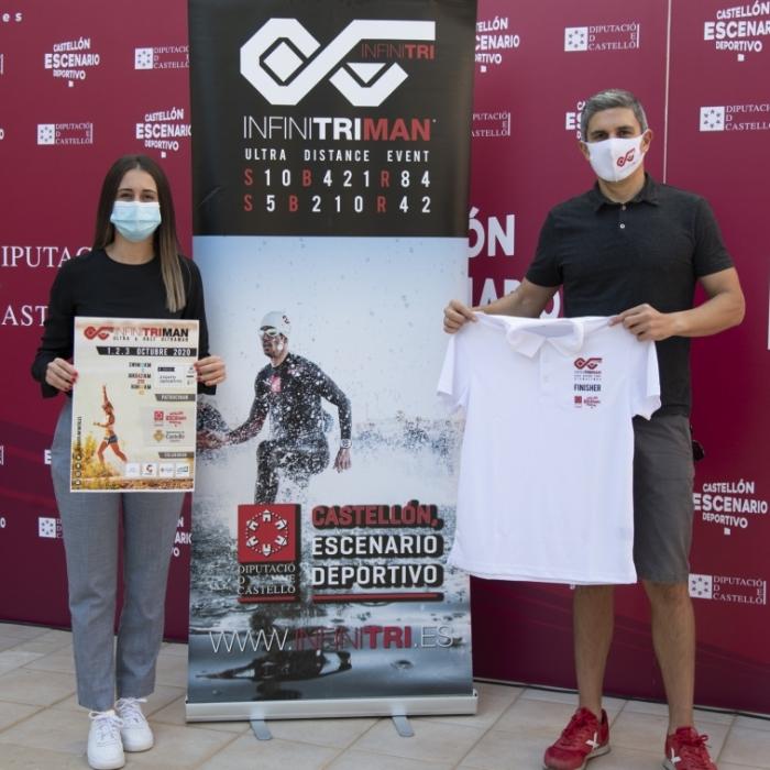 La Diputación impulsa la cuarta edición de InfinitriMan con tres jornadas en las que los deportistas realizarán 10 kilómetros nadando, 420 en bicicleta y 84 corriendo