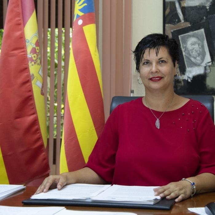 La Diputación ofrece 145 becas de estudio para impulsar la formación universitaria de la gente mayor en Castellón