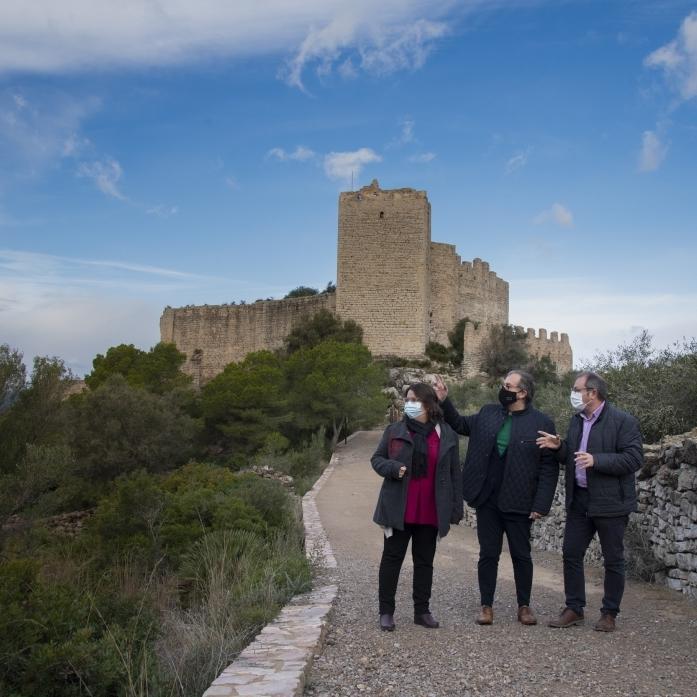 José Martí apunta als fons europeus per a impulsar el castell d'Alcalà de Xivert com a reclam turístic