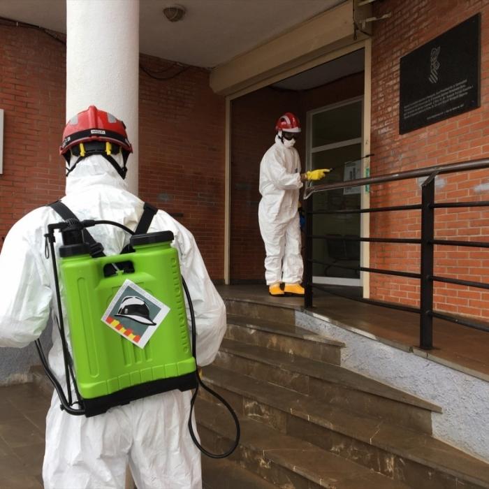 Los Bomberos de la Diputación destinaron 200.000 euros en 2020 a la realización de 627 desinfecciones frente a la Covid en pueblos y pedanías de la provincia