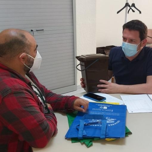 El diputado de Sostenibilidad y el presidente de Espadán-Mijares coordinan la implantación de la selectiva puerta a puerta